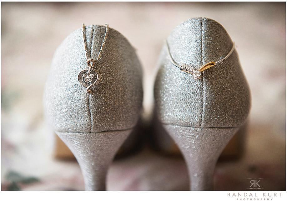 03-mayfair-lakes-wedding.jpg