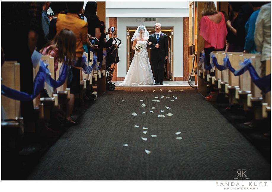 19-mayfair-lakes-wedding.jpg