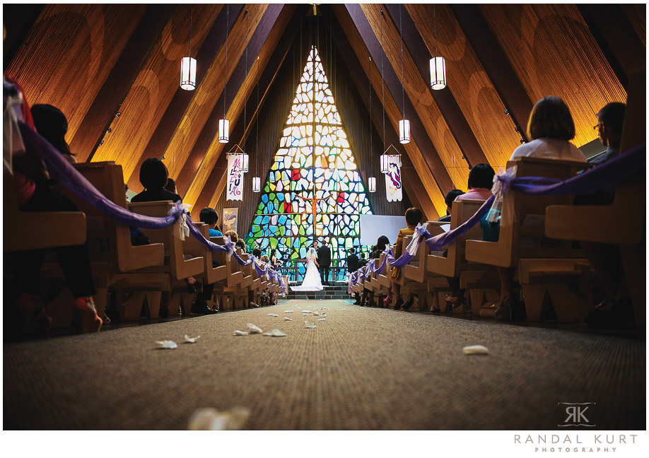 22-mayfair-lakes-wedding.jpg