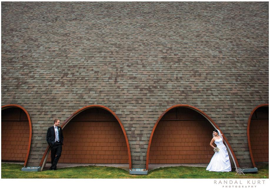 23-mayfair-lakes-wedding.jpg