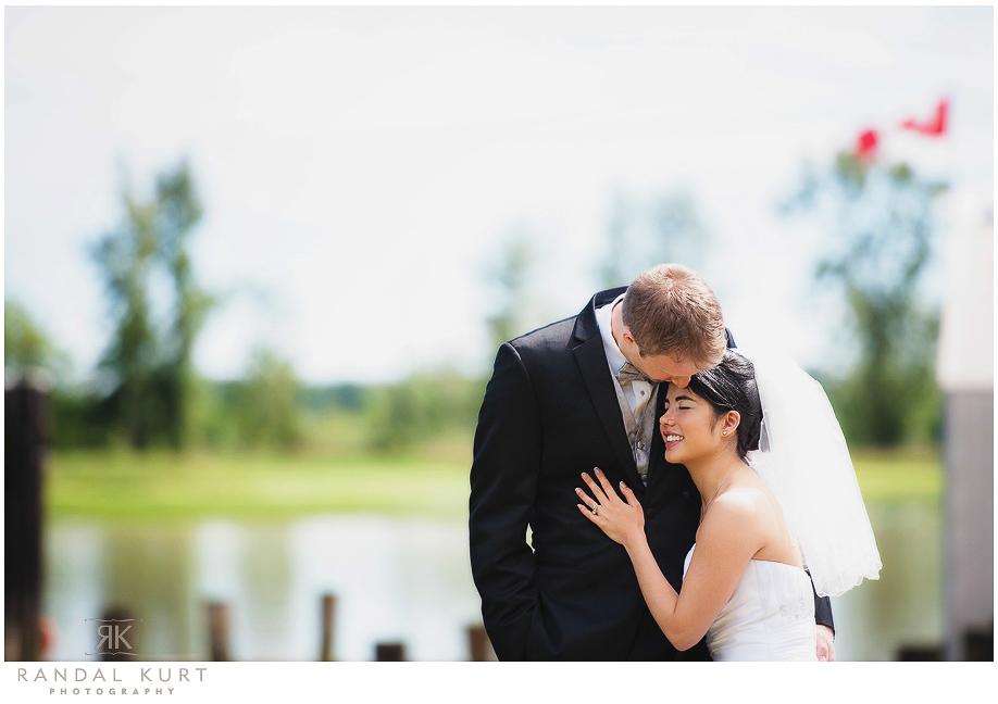 25-mayfair-lakes-wedding.jpg