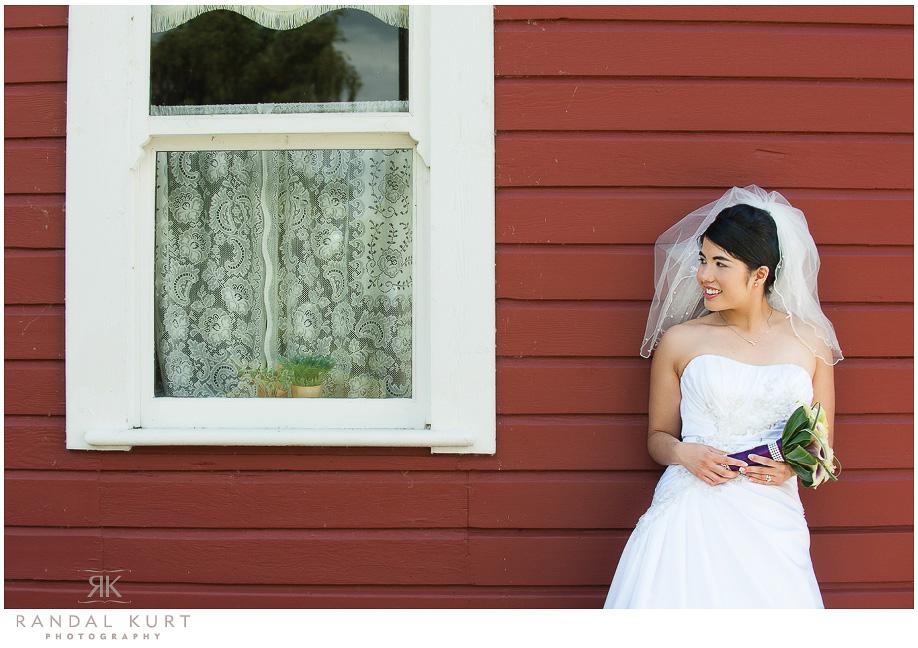29-mayfair-lakes-wedding.jpg