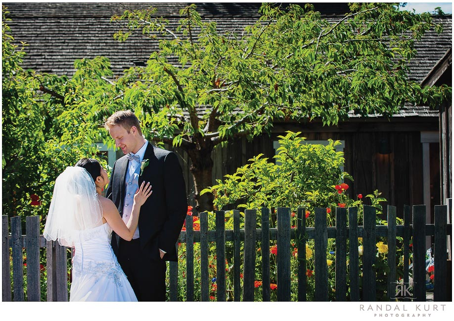 31-mayfair-lakes-wedding.jpg