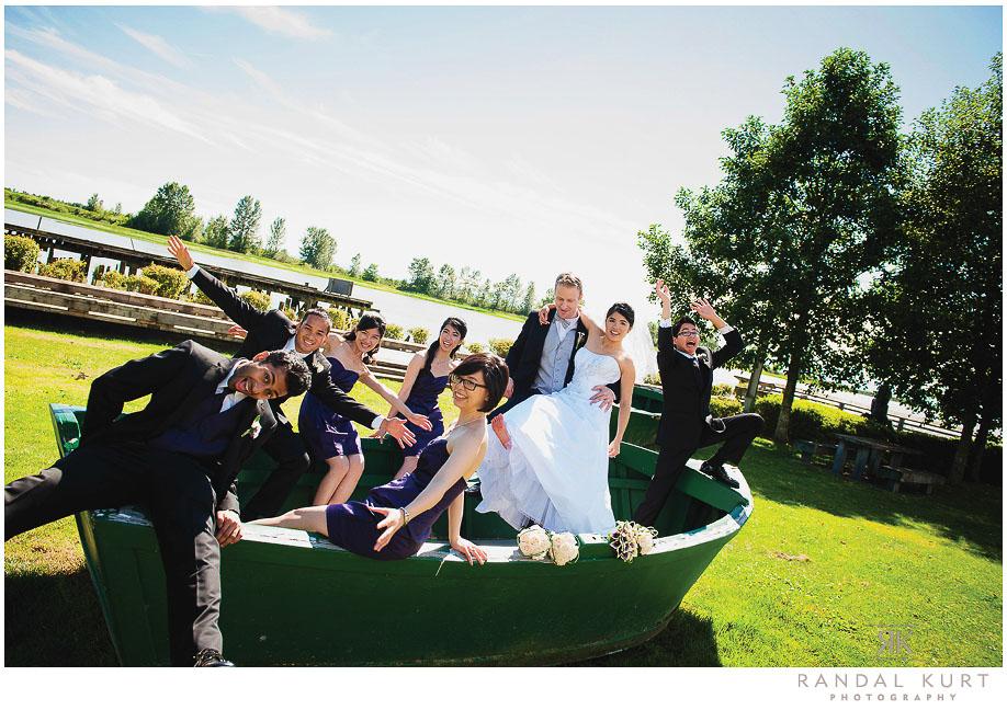 33-mayfair-lakes-wedding.jpg