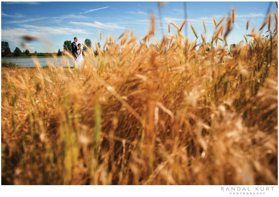 36-mayfair-lakes-wedding.jpg