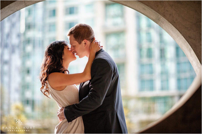 19-coal-harbour-wedding-photography.jpg