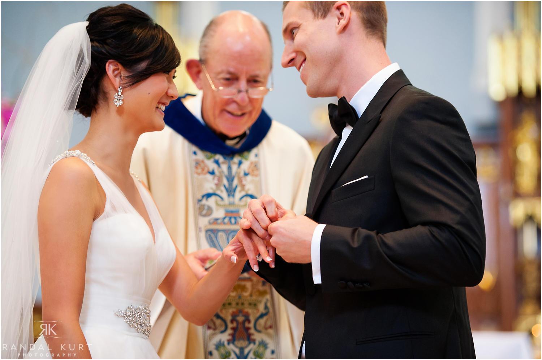 22-pinnacle-at-pier-wedding.jpg