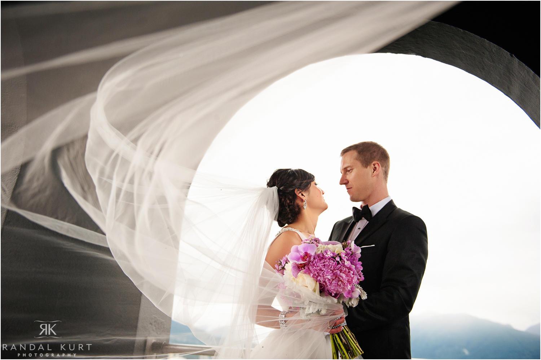 24-pinnacle-at-pier-wedding.jpg