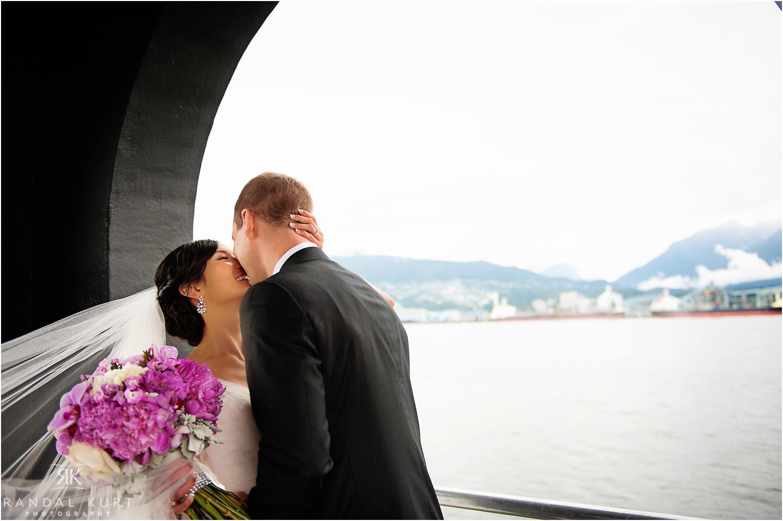 25-pinnacle-at-pier-wedding.jpg