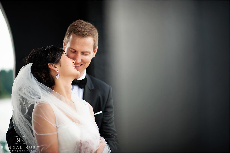 26-pinnacle-at-pier-wedding.jpg
