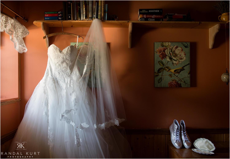 02-princeton-tulameen-wedding.jpg
