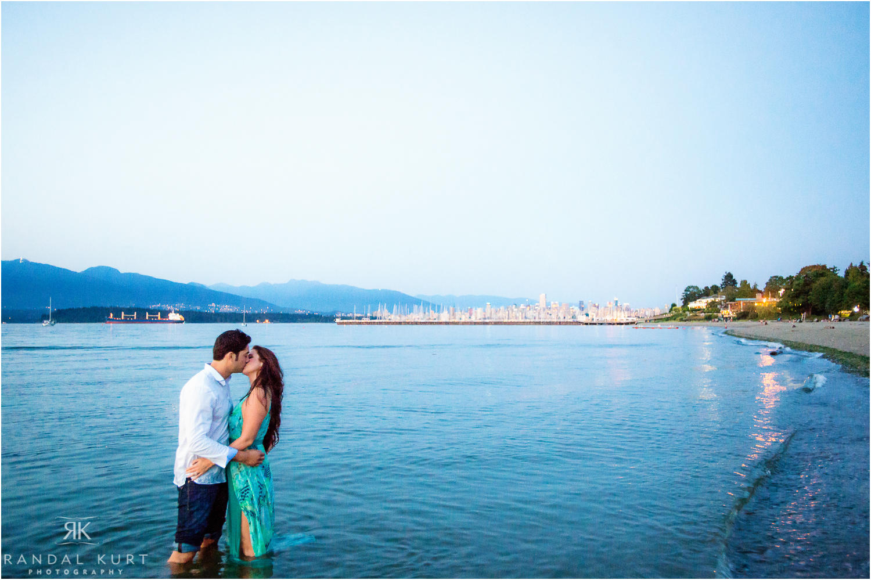 17-jericho-beach-engagement.jpg