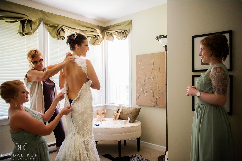 04-comox-wedding-photography.jpg