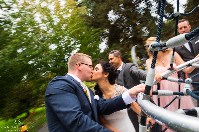 19-creekside-wedding.jpg