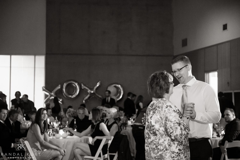 52-creekside-wedding.jpg
