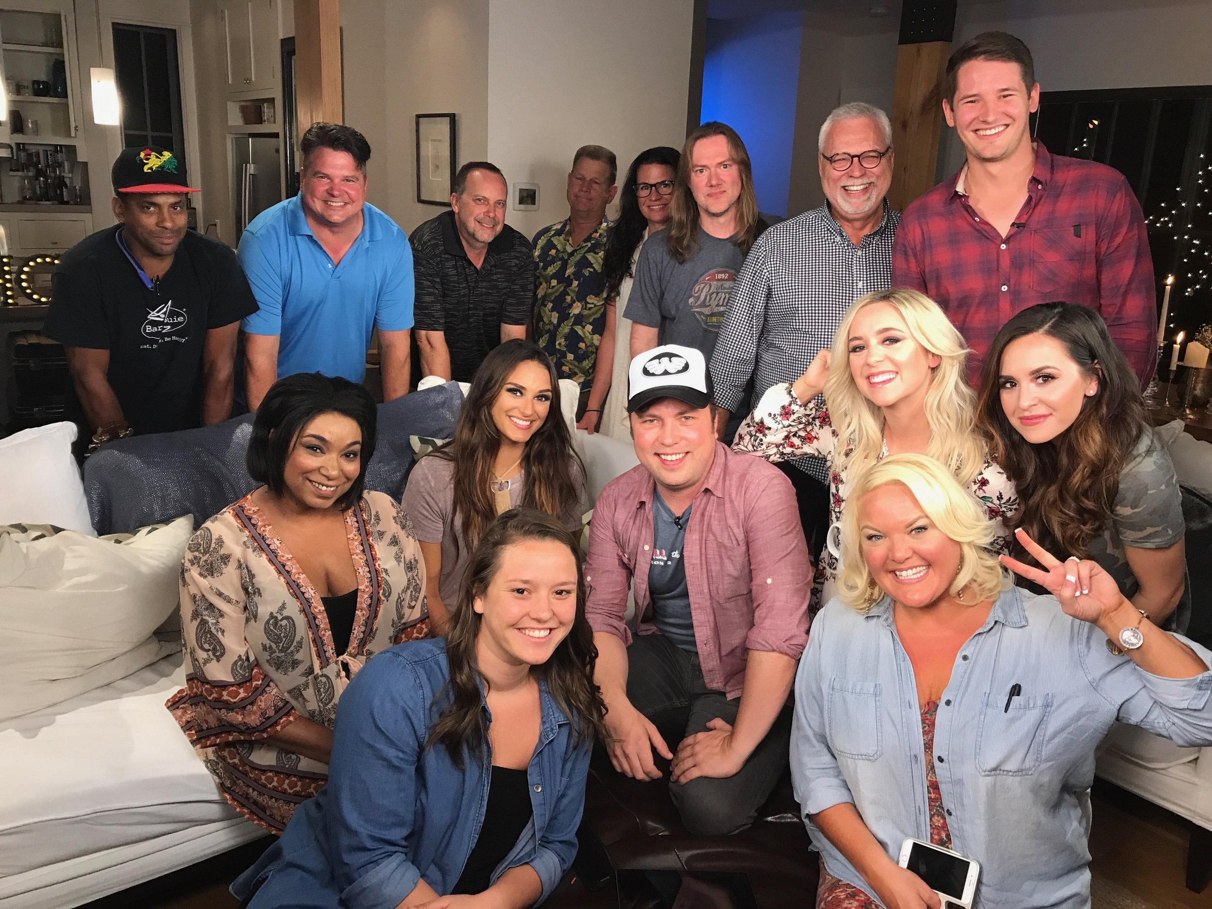 JANUARY - JUNE 2017 - HEATHER CONTRIBUTED TO 'NASHCHAT,' THE OFFICIAL AFTER-SHOW OF NASHVILLE ON CMT AS AN AP.