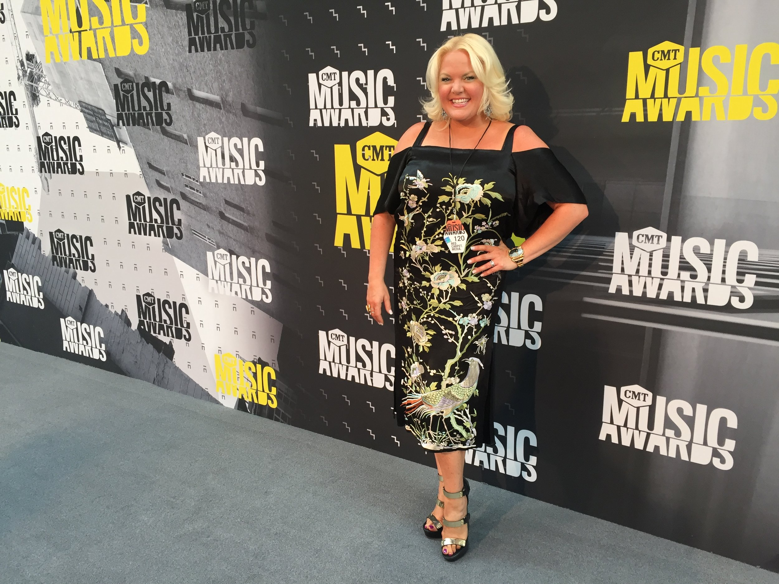 JUNE 2017 - COVERING THE CMT MUSIC AWARDS FOR MY COUNTRY NATION AND US WEEKLY