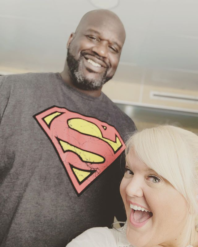I was standing on my tippy toes when this photo was snapped. #shaq #djdiesel #swishersweets