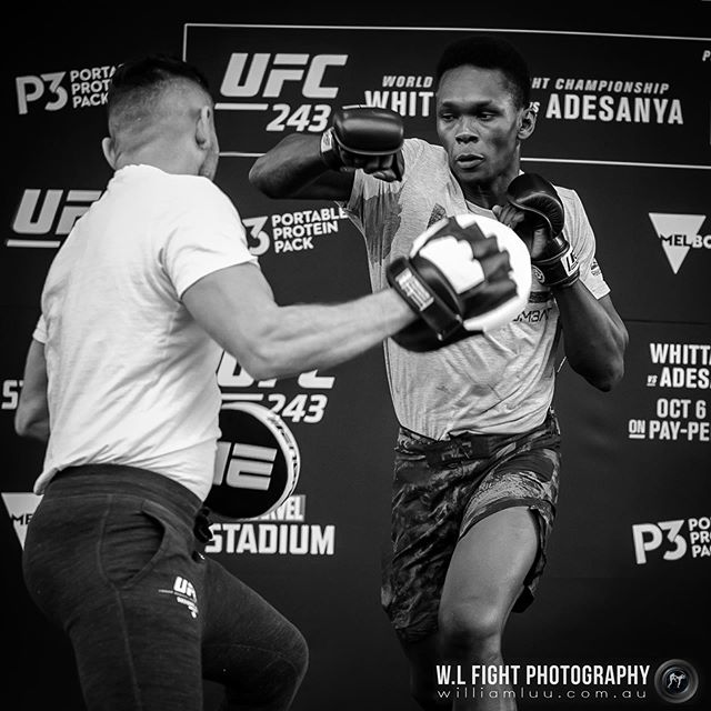 Train as you fight by @stylebender  #kickboxing #mma #ufc #mixedmartialarts #stylebender #punch #training #combatsports #martialarts #trainasyoufight