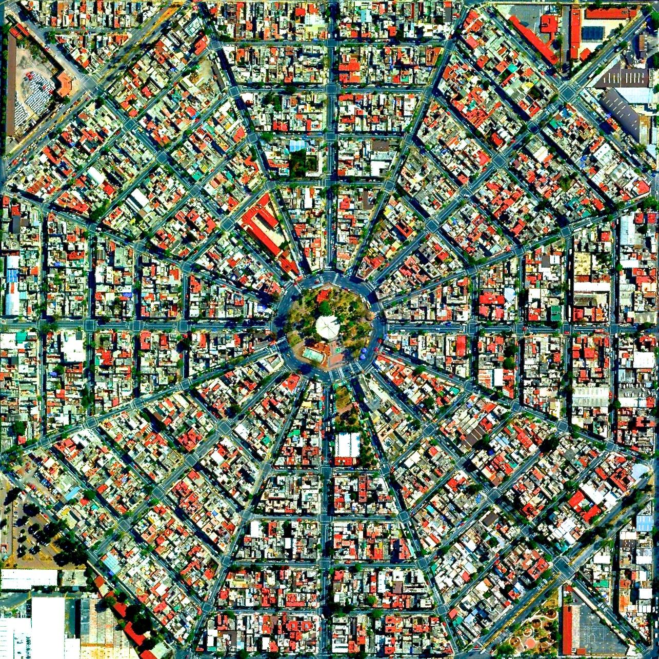 6/4/2015  Plaza Del Ejecutivo  Mexico City, Mexico  19.420511533°, -99.088087122°    Radiating streets surround the Plaza Del Ejecutivo in the Venustiano Carranza district of Mexico City, Mexico.