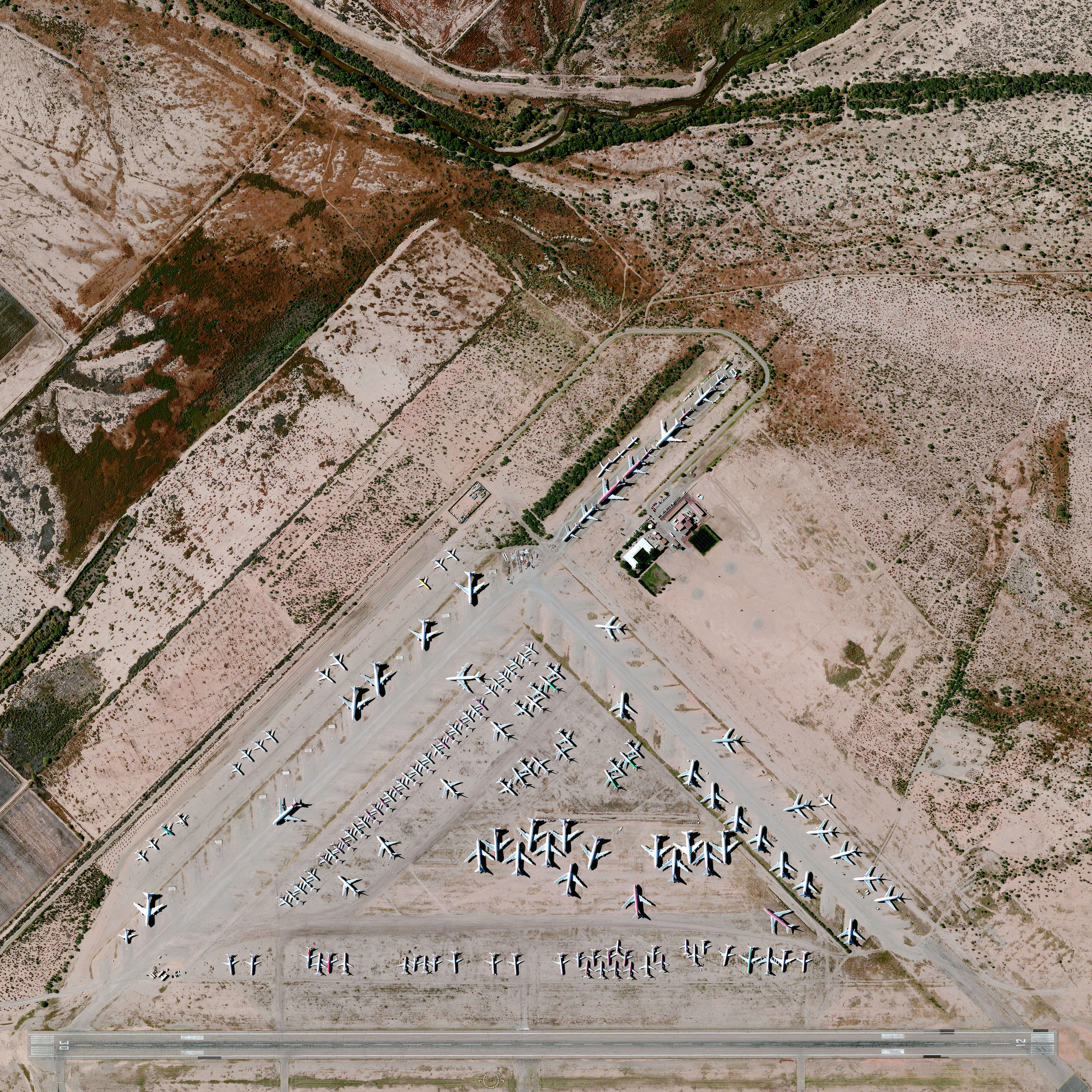 9/25/2015   Pinal Airpark   Marana, Arizona, USA  32.505891169°, -111.330163742°    Pinal Airpark is located in Marana, Arizona, United States. The facility primarily functions as a boneyard for hundreds of civilian commercial aircraft because the area's dry, desert climate reduces corrosion. The site, which was constructed in 1942, opened up for public viewing for the first time this past year.