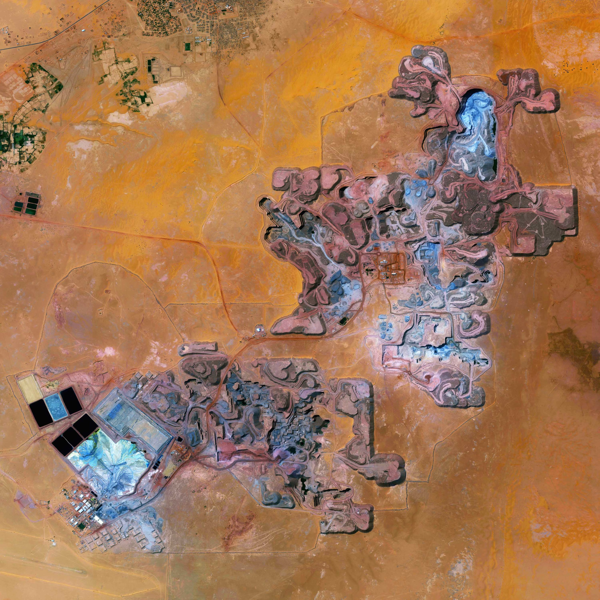 10/31/2015  Arlit Uranium Mine  Arlit, Niger  18°44′N 7°23′E    The Arlit Uranium mine is located in Arlit, Niger. French nuclear power generation as well as the French nuclear weapons program are dependent on the uranium that is extracted from the mine - more than 3400 tonnes per year.