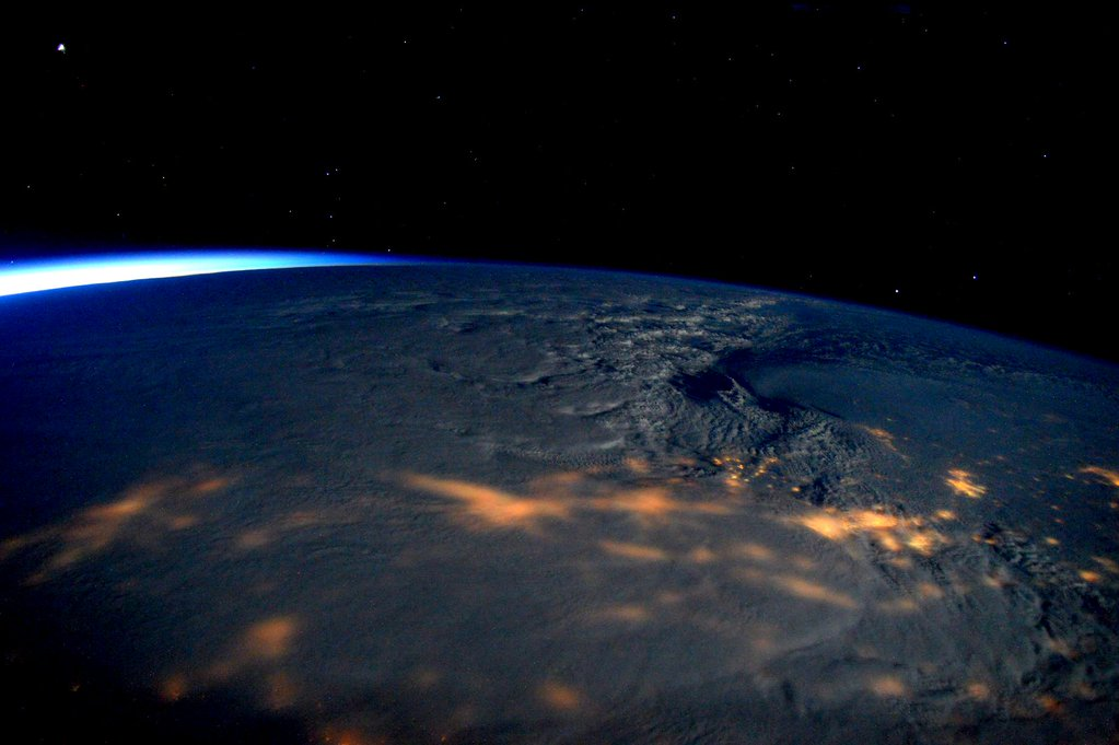 There's a massive snowstorm here in New York City, but thanks to Scott Kelly (who is living on the International Space Station) we can see what it looks like from above. The weather front will pummel the East Coast throughout the day, with more than 20 inches (50.8 centimeters) of snowfall expected.
