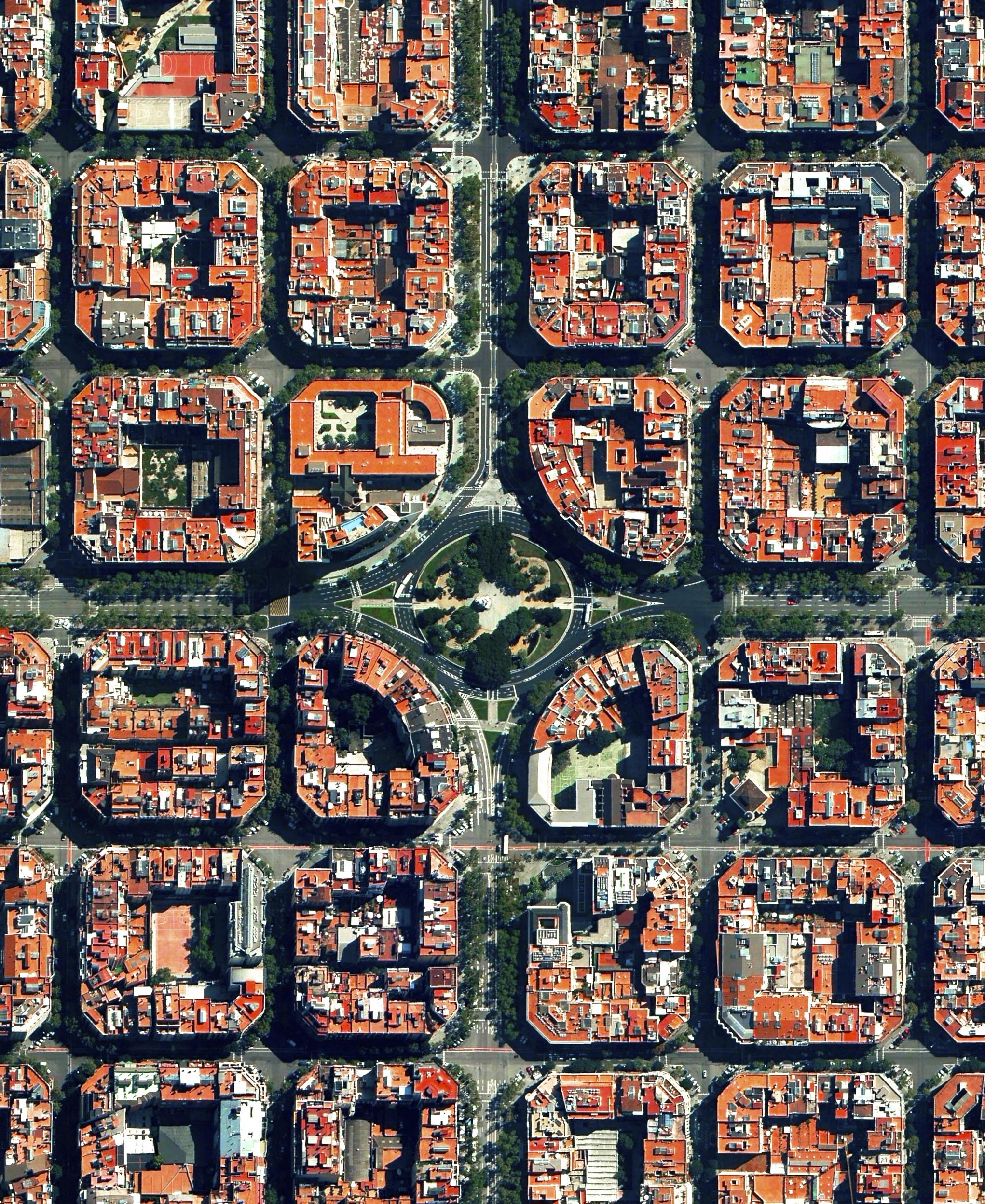 2/19/2016  Plaça de Tetuan  Eixample District, Barcelona, Spain  41.394921°N 2.175507°E     Plaça de Tetuan is a major square located in the Eixample district of Barcelona, Spain. The area characterized by its strict grid pattern, octagonal intersections, and apartments with communal courtyards.