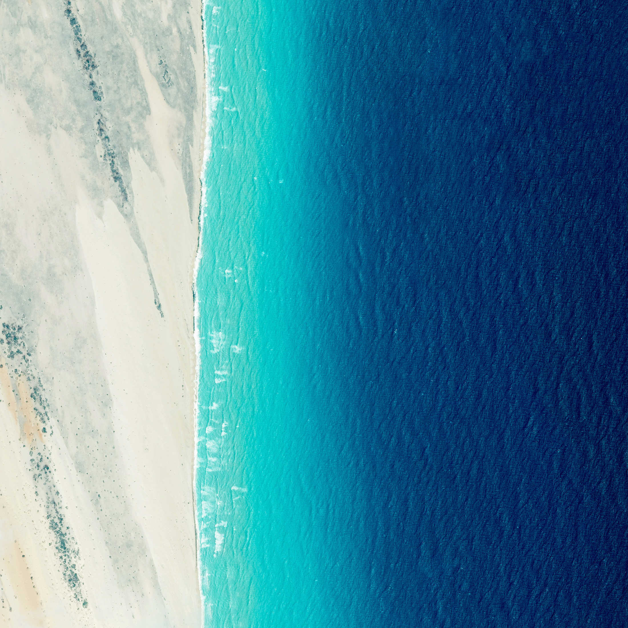 6/9/2016  Coastline  El Hur, Somalia  5°00′N 48°16′E    Waves roll into the shores of Somalia, by the village of El Hur. Located on the Horn of Africa, Somalia has the longest coastline on the mainland continent, stretching for more than 3,000 kilometers (1880 miles).