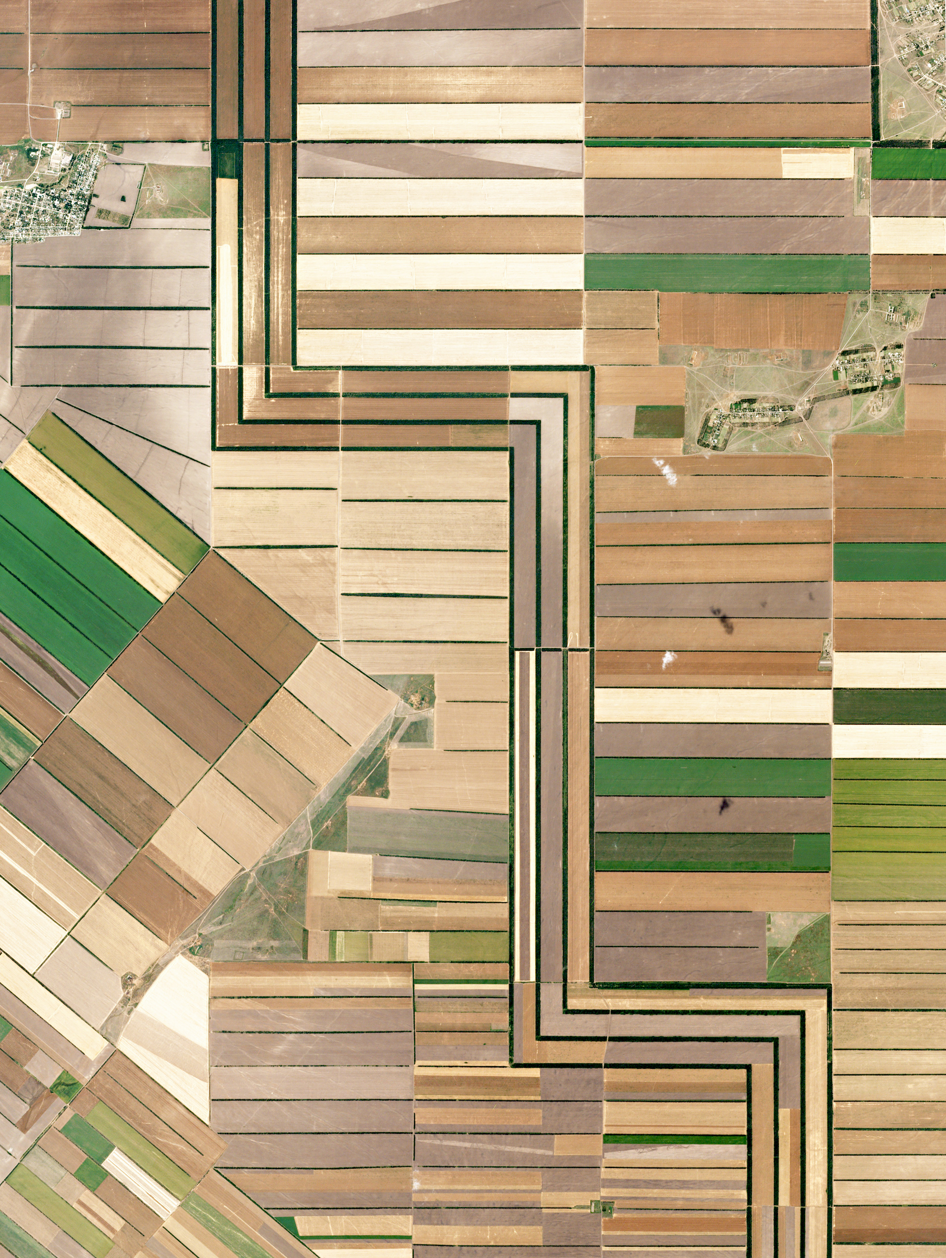 1/19/2017  Agriculture development   Stavrapol Krai, Russia   45.4654287, 43.6128532    Agricultural development in Stavrapol Krai, Russia is made possible with water that travels down from the Caucasus Mountains. The region's temperate climate supports grape and grain crops.  Source imagery: Planet