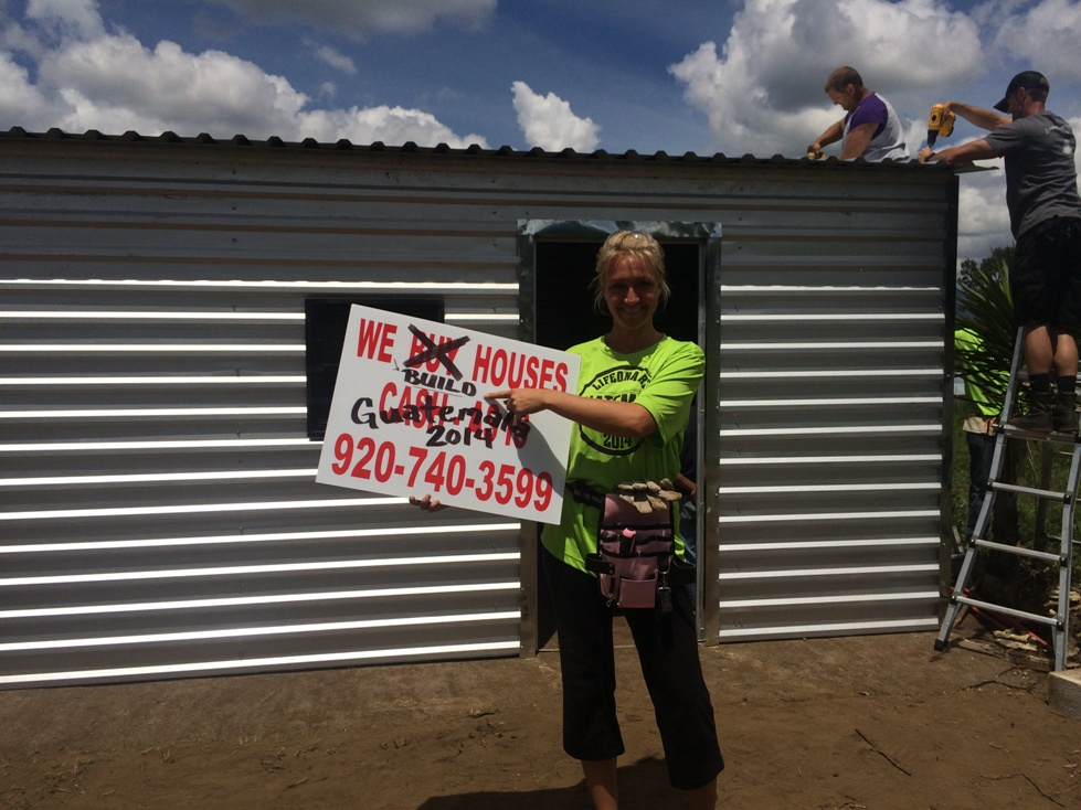 We BUILD houses in Guatemala! Having some fun with signage.