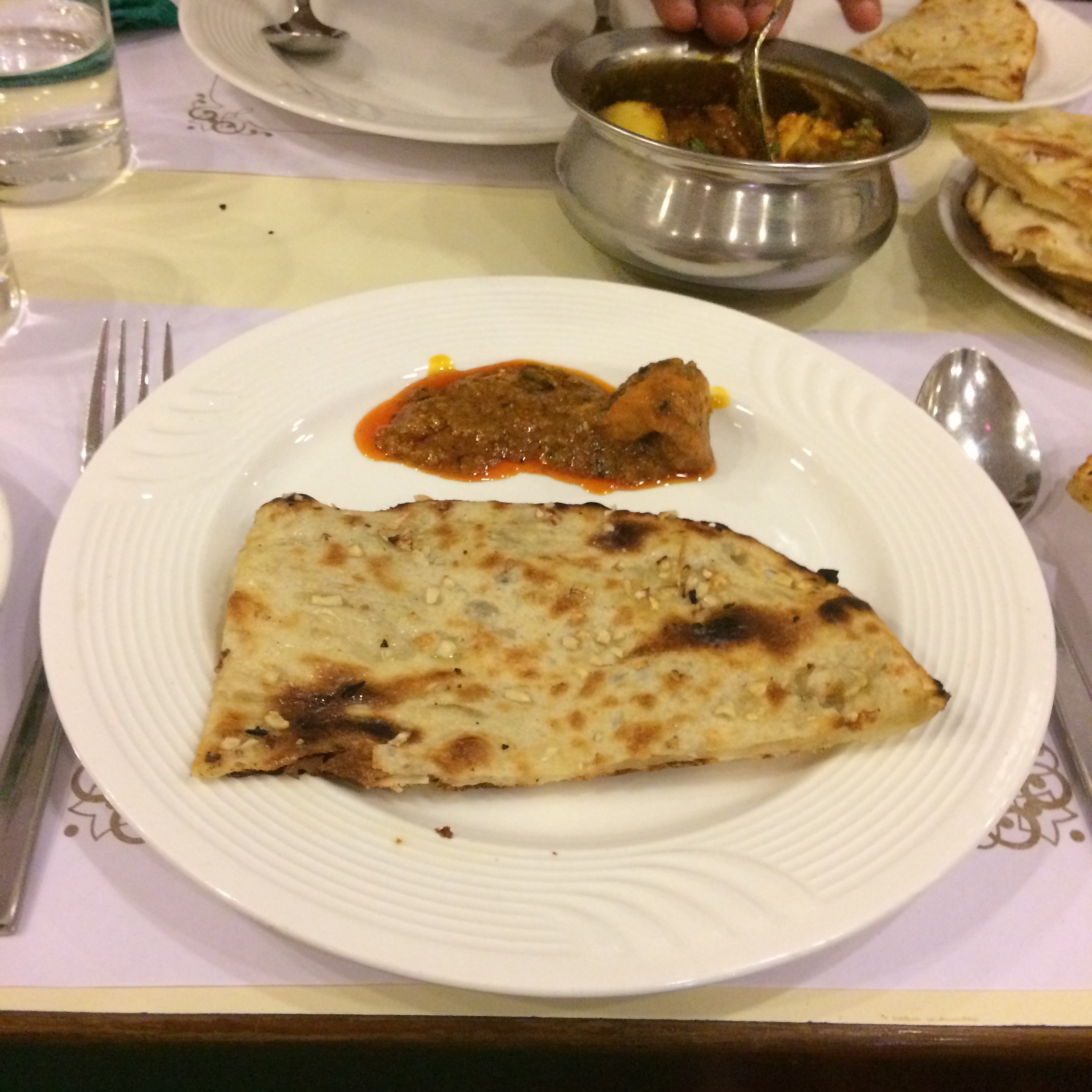 Garlic and butter Naan which is my NO.1 favorite dish out of all Indian cuisine I've tried  💖💖💖