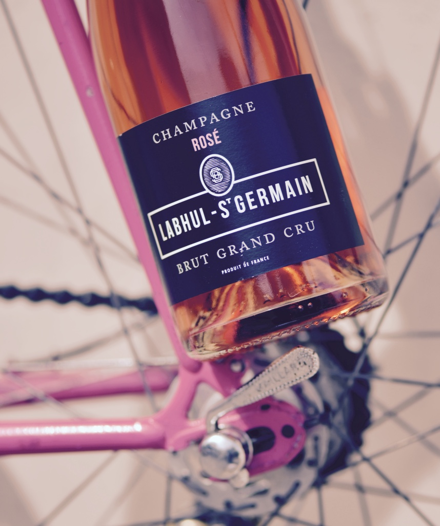 Tradition et Champagne : la vie en rose (Photo TLQ)