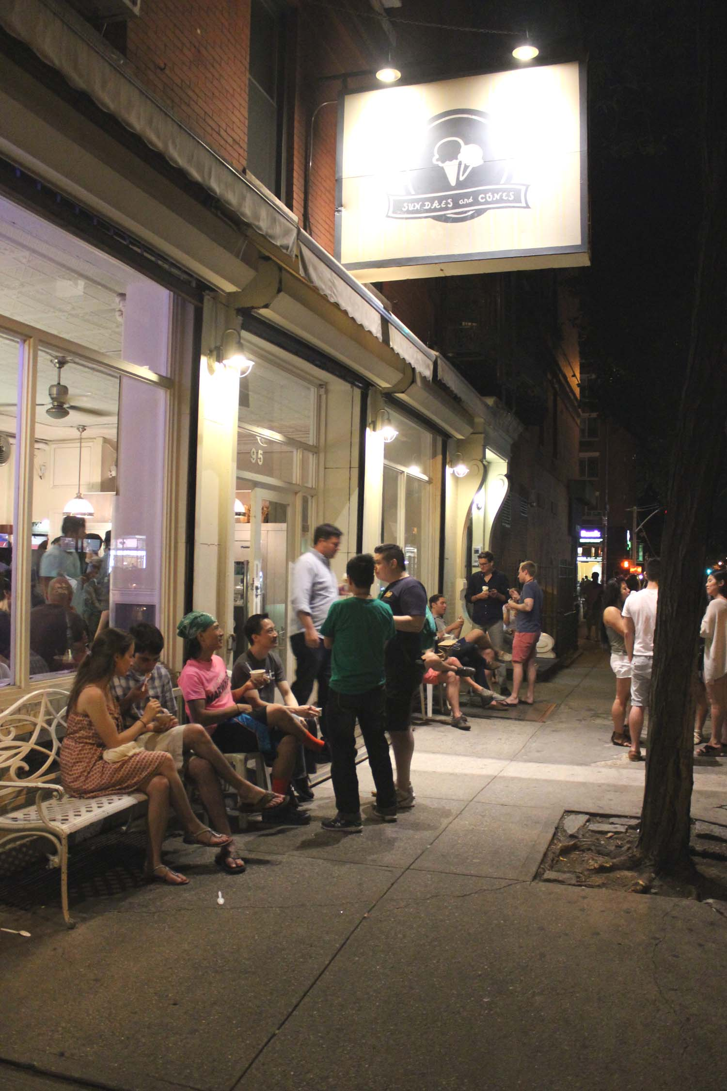 Sundaes and Cones in East Village   | Image:   Laura Messersmith