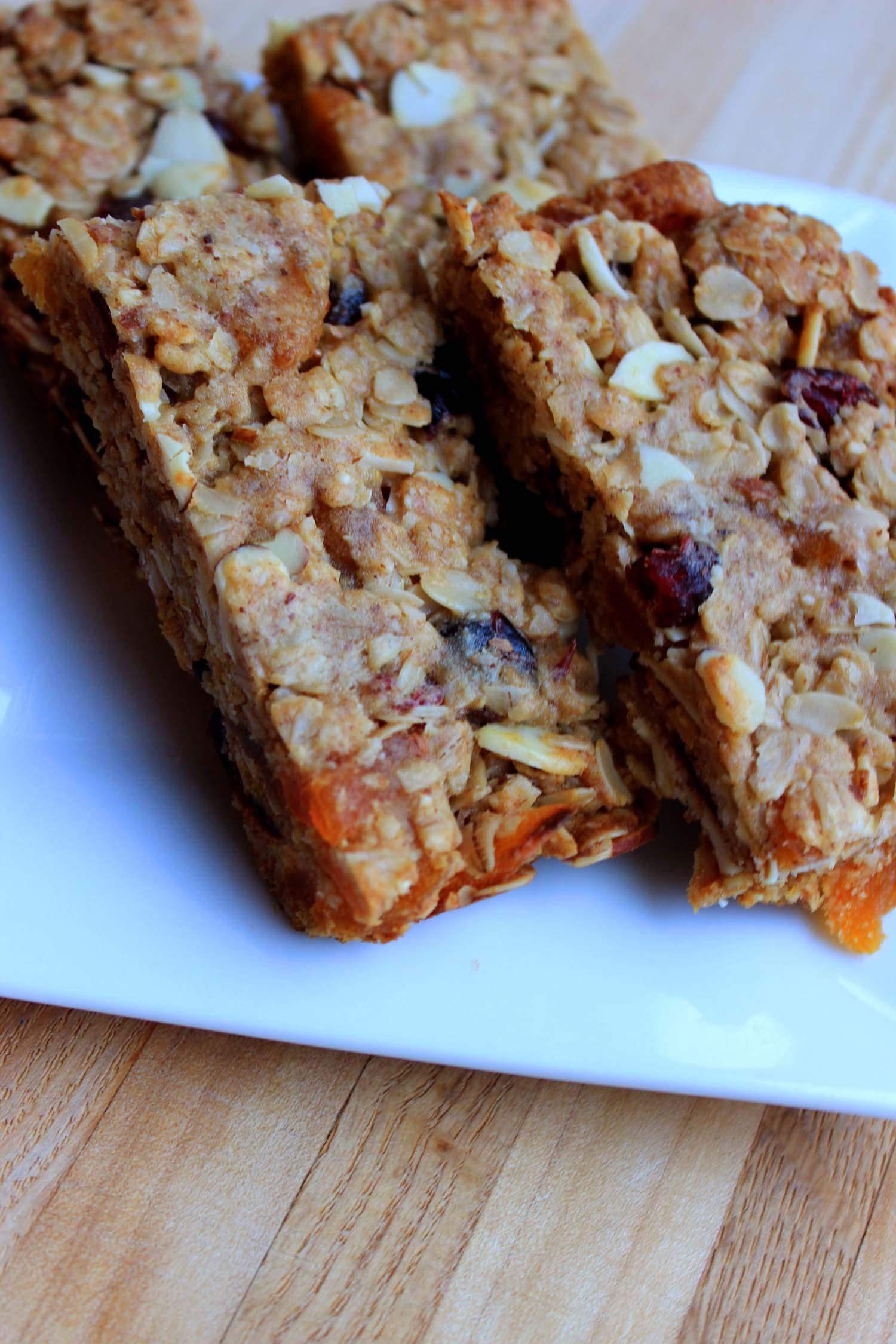 Cranberry Apricot Almond Granola Bars  | Image:  Laura Messersmith
