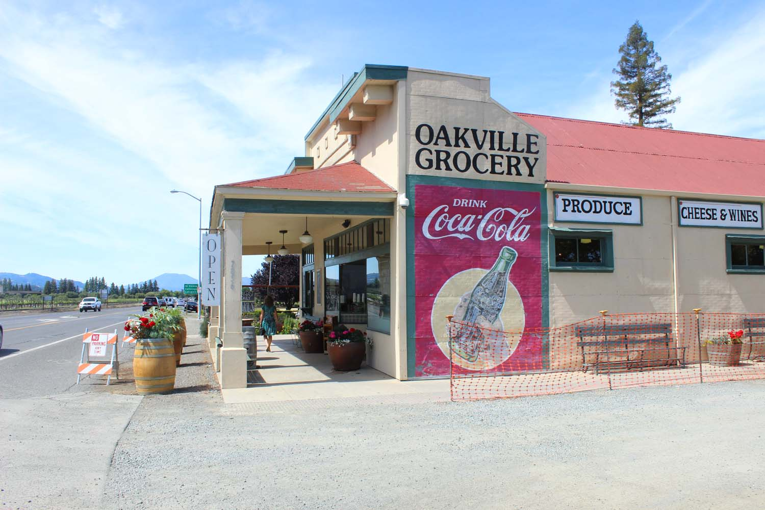 Oakville Grocery   | Image:   Laura Messersmith