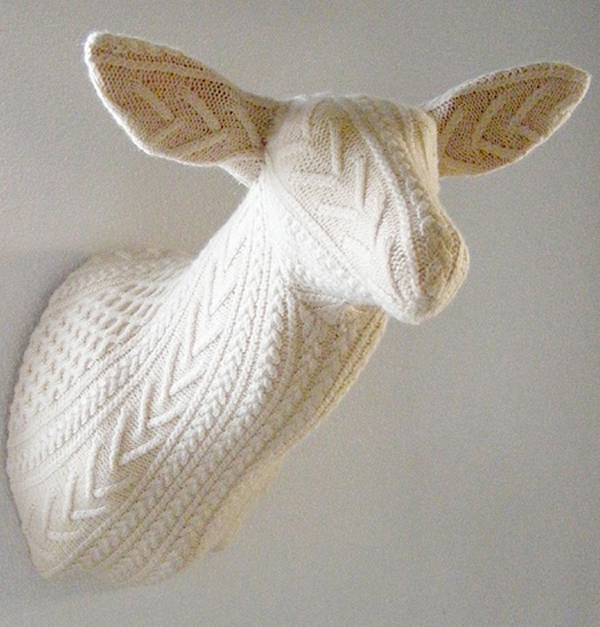 knit+deer.jpg