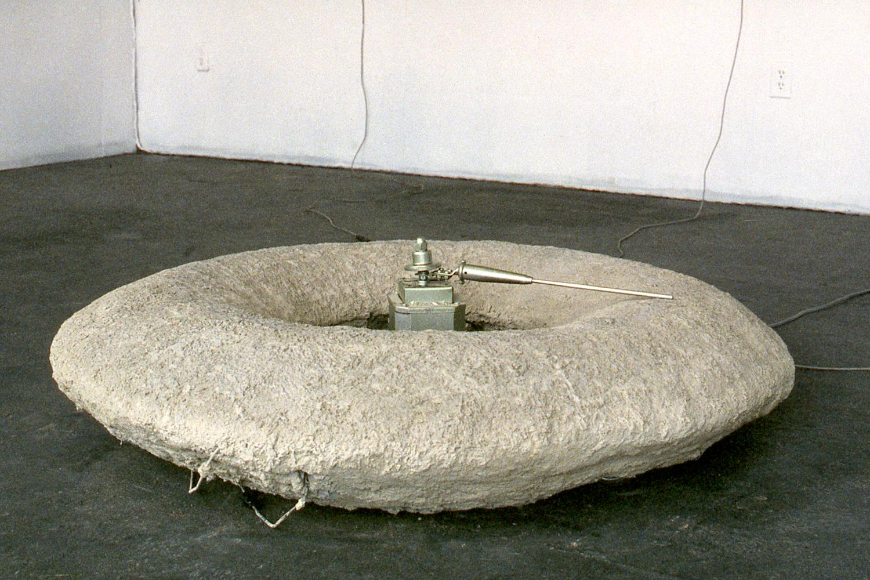 may-circle-be-unbroken-installation-huebner-2.jpg
