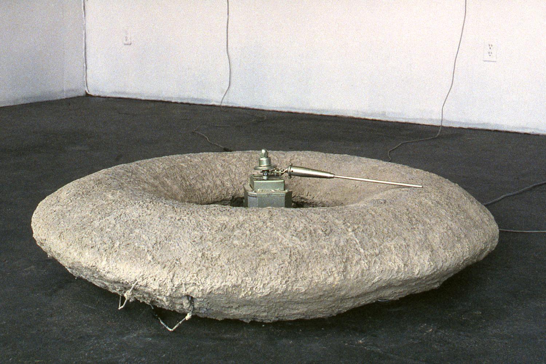 may-circle-be-unbroken-installation-huebner-11.jpg