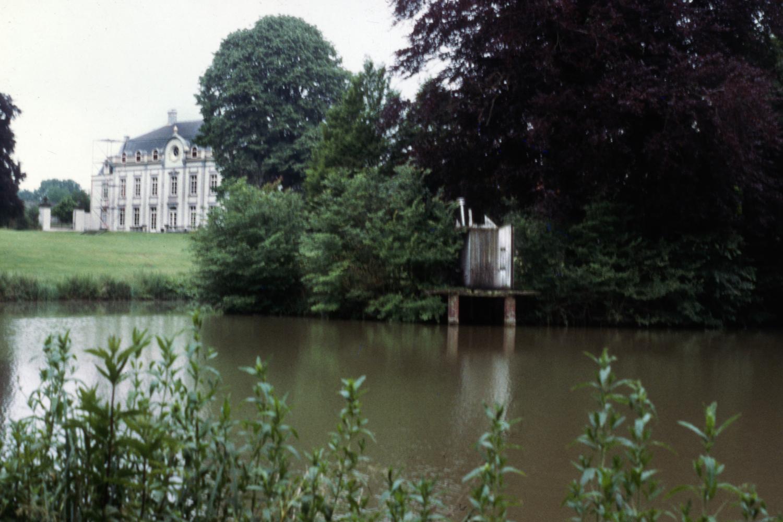 Vliek Castle Grounds / Bath House
