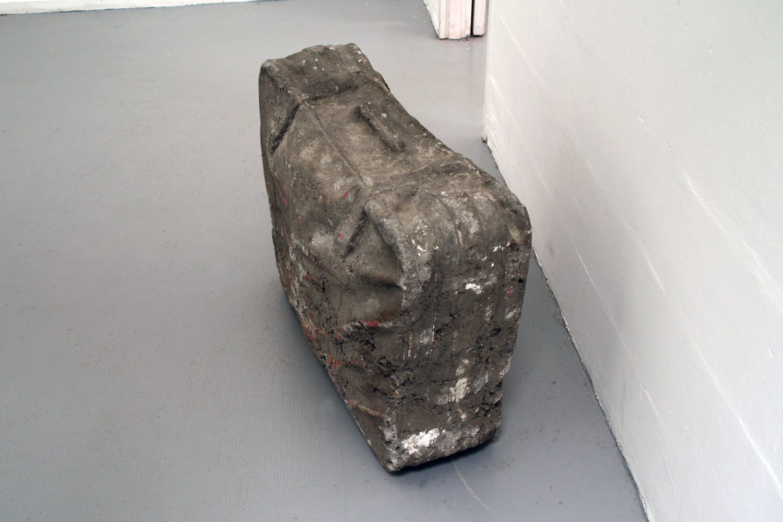 concrete-suitcase-huebner-amsterdam-3.jpg
