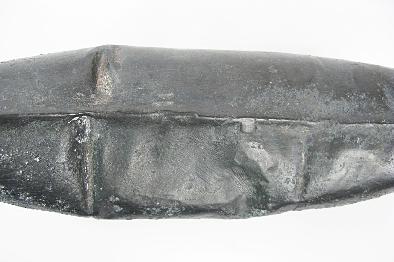 lead-travel-pillow-greyhound-series-huebner-6.jpg
