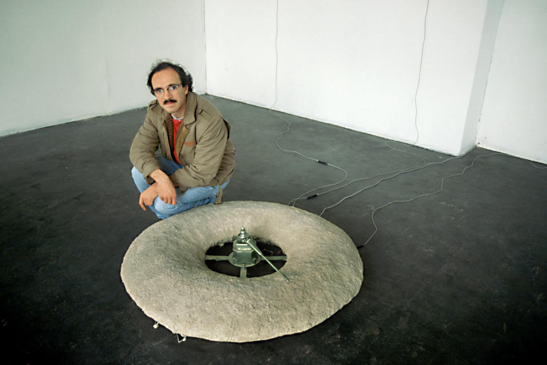 may-circle-be-unbroken-installation-huebner-8.jpg