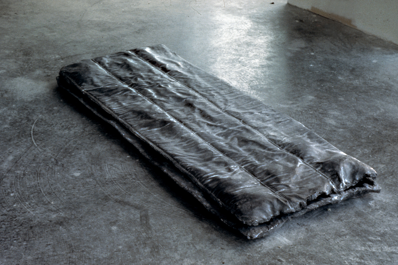 lead-sleeping-bag-huebner-1.jpg