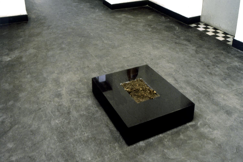 marble-form-with-sod-huebner-2.jpg