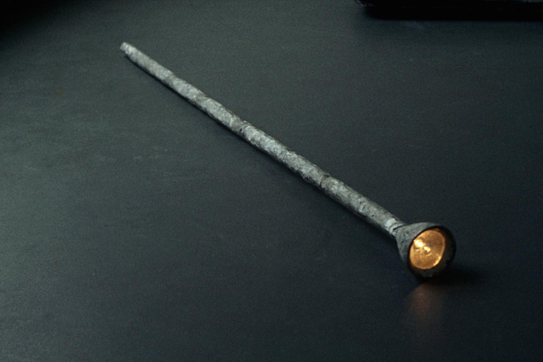 gigantic-flashlight-huebner-1.jpg
