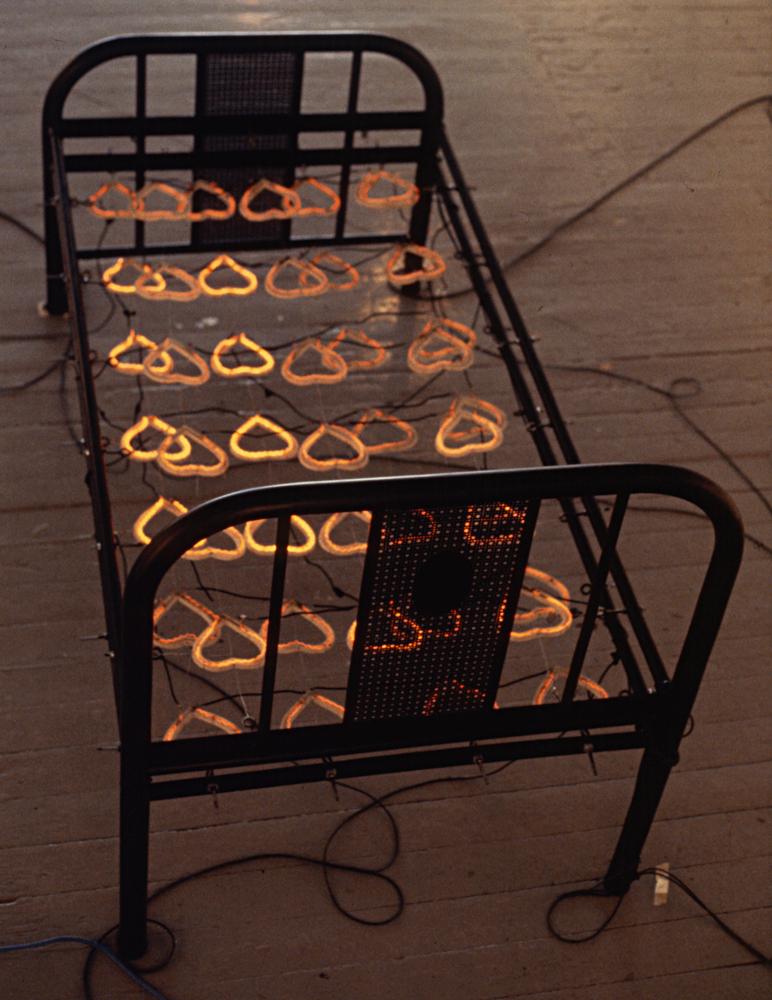 electrical-heart-hot-bed-huebner-6.jpg