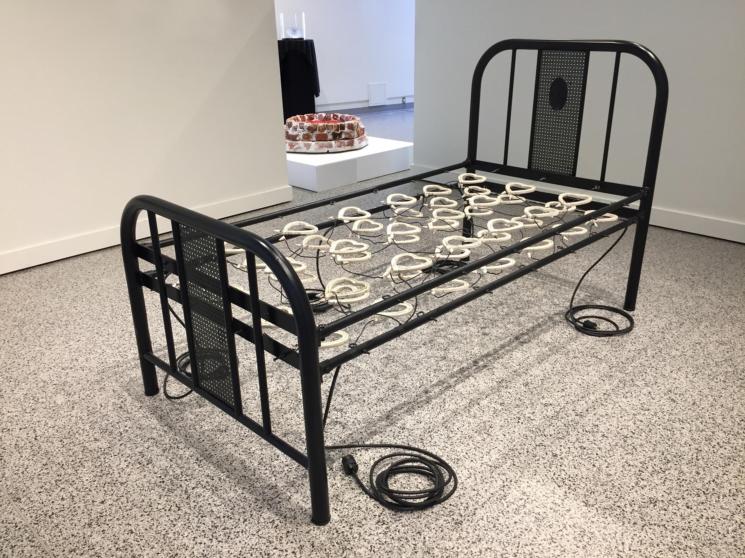 Bed-Full-Off-150.jpg