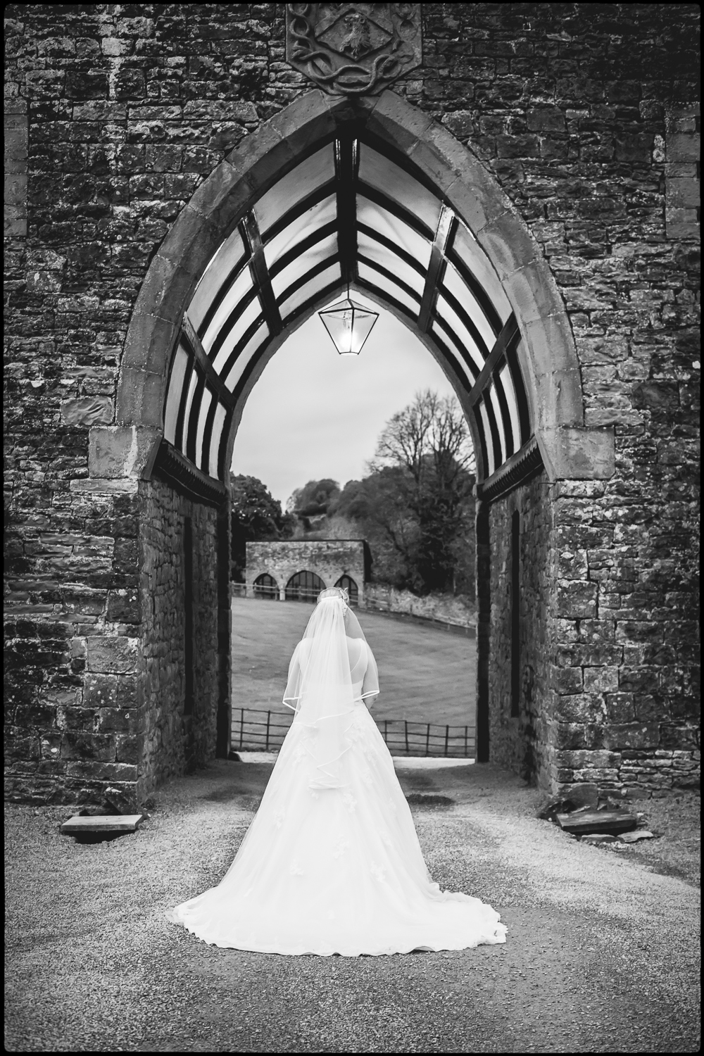 Heather and Jay, Clearwell Castle wedding photography.
