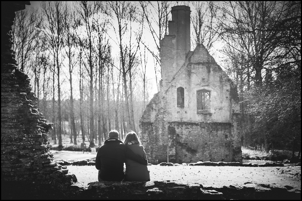 Jess & Matt, Minster Lovell Ruins engagement shoot.